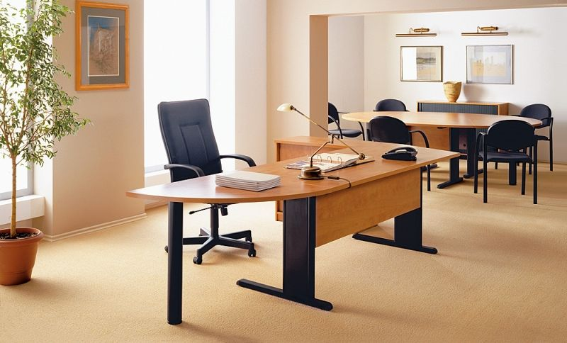 axus-biurko-stol