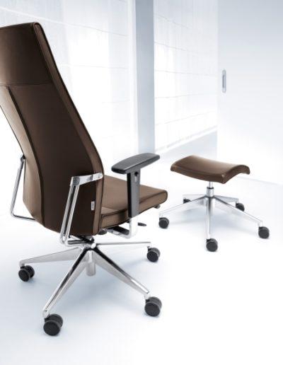 fotel-biurowy-konferencyjny-profim-active-active-11sl-chrom-p48pu-podnozek