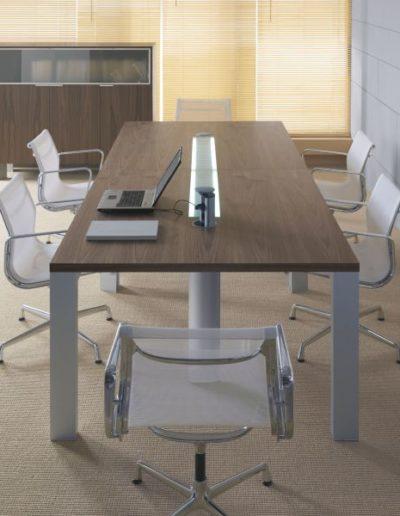 in-stol-konferencyjny-skladajacy-sie-modulow-prawego-i-35-i-lewego-i-33-z-oswietleniem