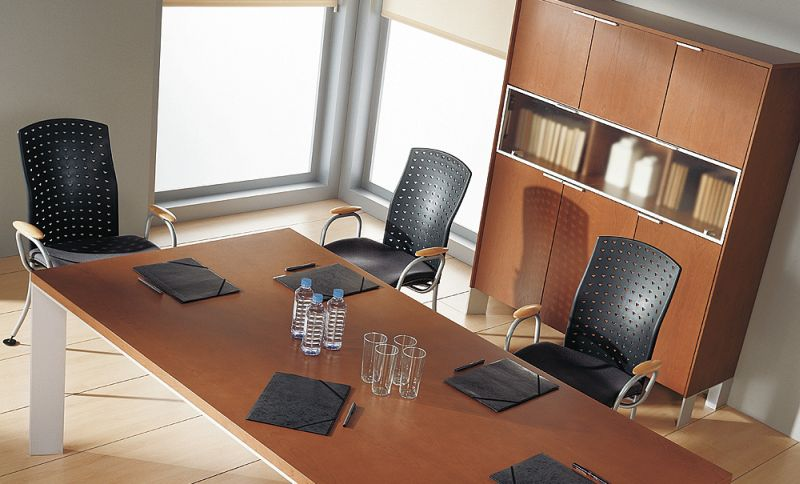 in-stol-konferencyjny-szafa-aktowa-czesciowo-przeszklona-i-20