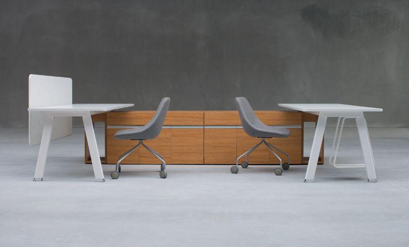 simplic-biurka-wsparte-na-szafce-bocznej