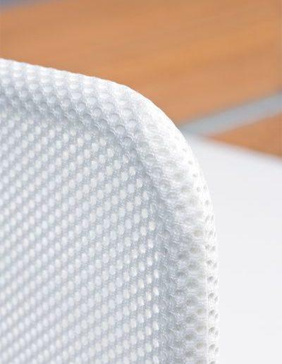 simplic-biurowy-parawan-tapicerowany-siatka