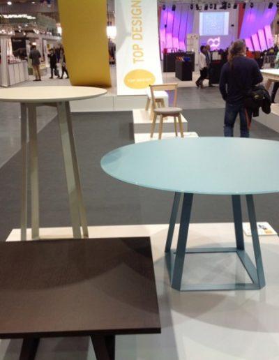 stoliki-biurowe-h2-okragly-kwadratowy-wysoki