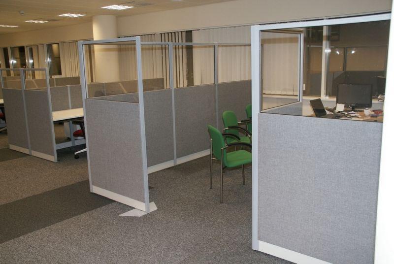 s32 sala spotkań wydzielenie przestrzeni w biurze ścianki systemowe